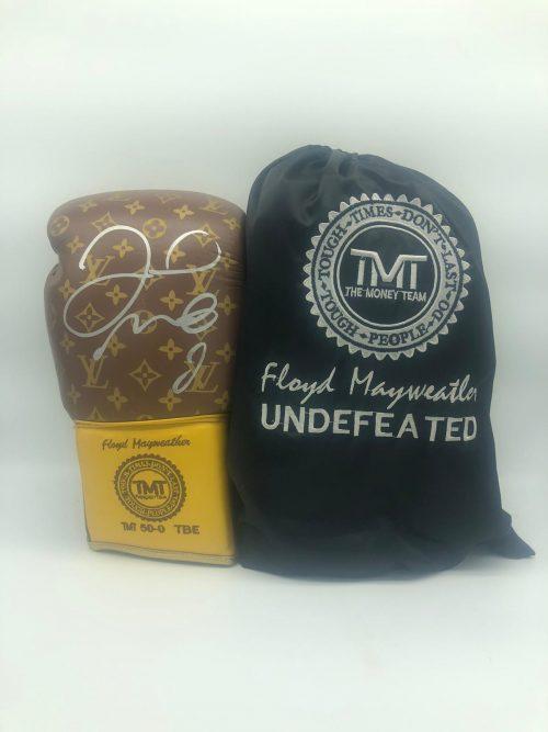 Floyd Mayweather signed boxing glove inc C.O.A